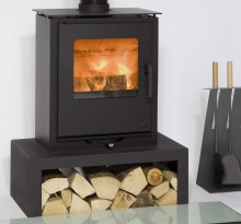 Sqabox-uno-or-duo-on-Mendip-Stand-RS-220x205